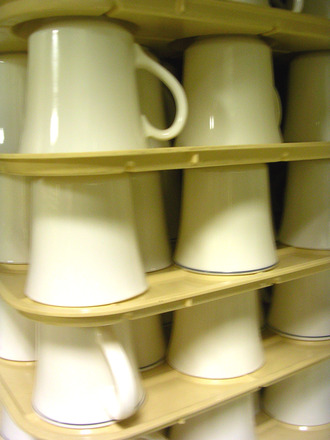 stack-of-cups